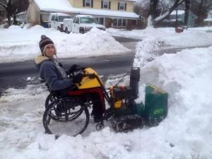 Εκχιονιστικό από αναπηρικό κάθισμα
